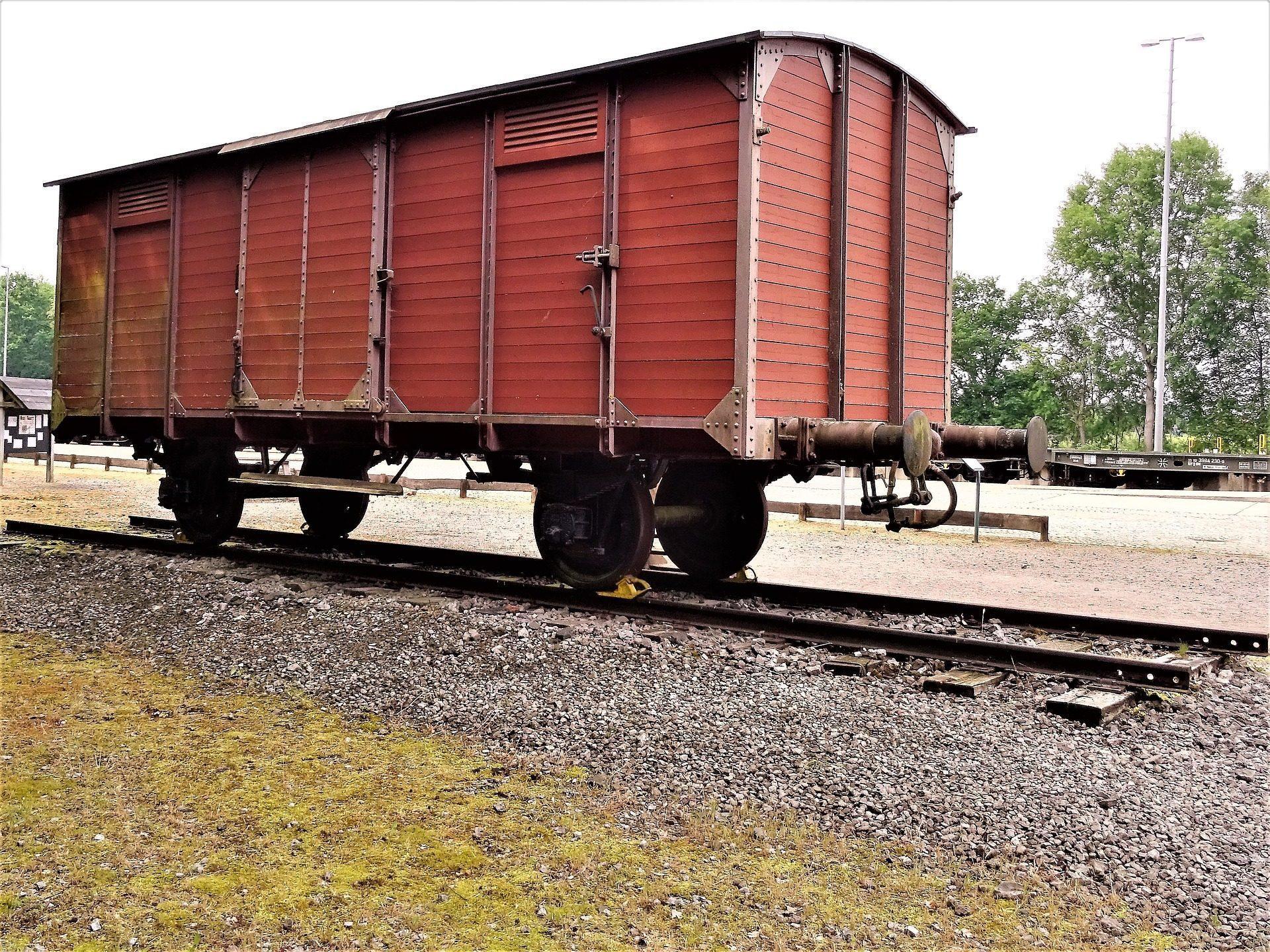 Train Holocaust Bergen-Belsen