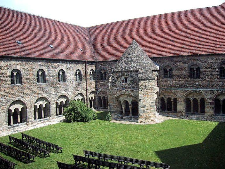 Cloître du monastère Unser Lieben Frauen à Magdebourg, Allemagne