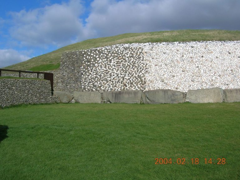 Newgrange grave