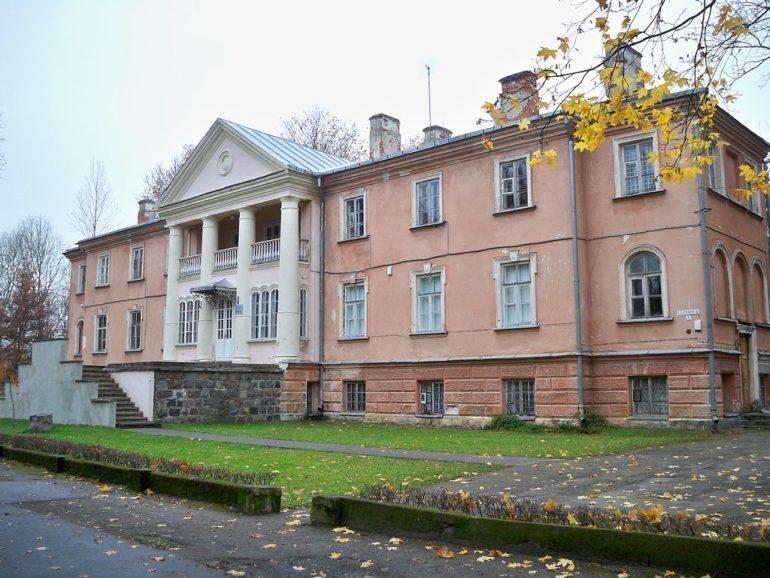 Aukshtoji Freda Manor, Lithunia.