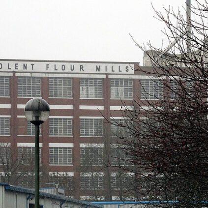 Solent Mills is an art deco building built in 1834.