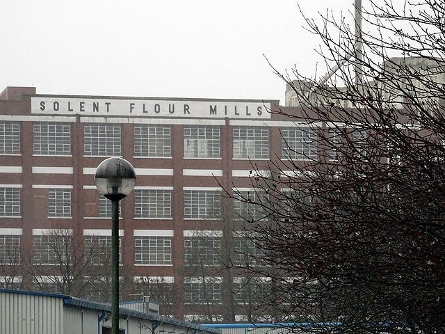 Solent Mills is an art deco building built in 1834.