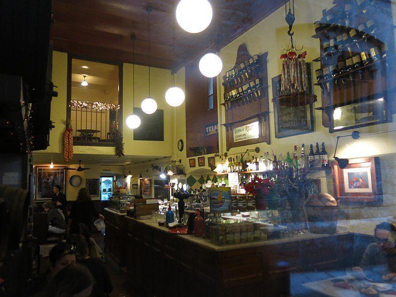 Bodega la Palma, Barcelona.