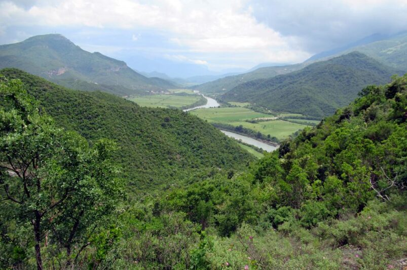 River Vosja. Image: D-Stanley CC BY 2.0 Creative Commons
