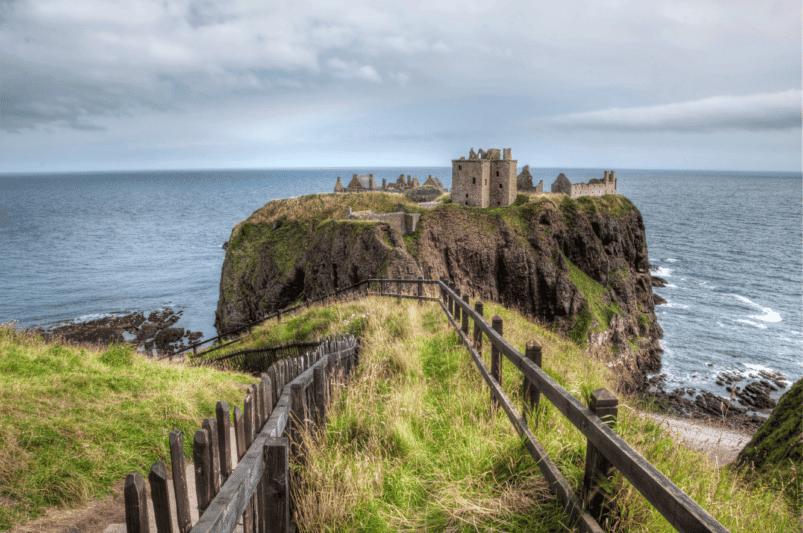 Dunnottar Castle, Scotland. Image: bbtomas via Canva