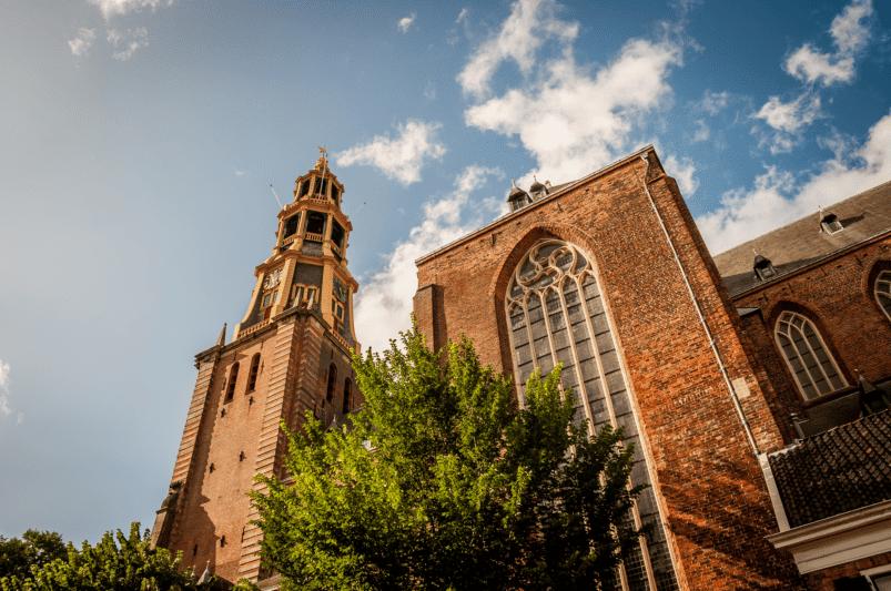 De Aa-kerk (Nederlands: Aa-kerk) in Groningen, Nederland. Afbeelding: rik_de_groot via Canva CC0